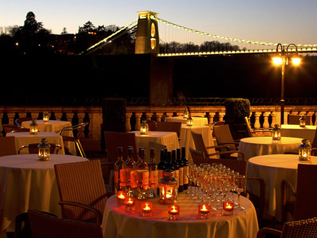 Snap up a weekend break and explore the city of Bristol at Avon Gorge Hotel.